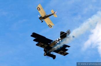 SE5A versus Fokker Triplane replica dogfight