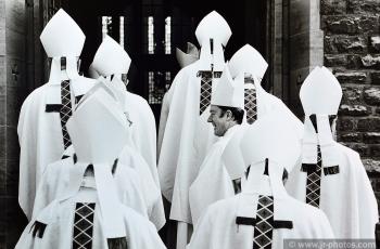RC bishops share a joke
