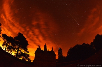 Perseid meteor shower, Rushton Triangular Lodge